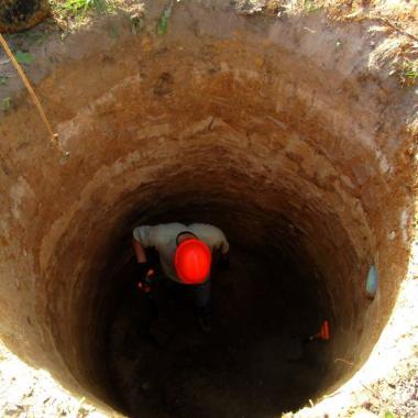 Выкопать колодец в Самарской области под ключ, почему стоит колодец именно копать